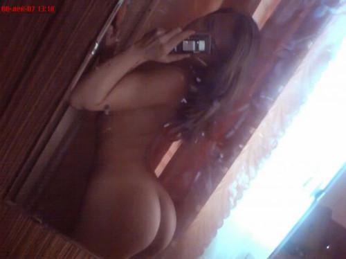 http://img111.imagetwist.com/th/10638/hhcyke5maxn3.jpg