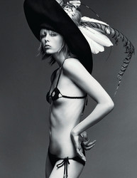 Nude edie campbell English model