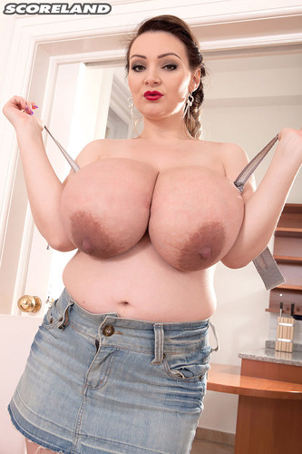 Micky Bells – A snack with Micky Pregnancy Enlarged Boobs M cups FullHD 1080p