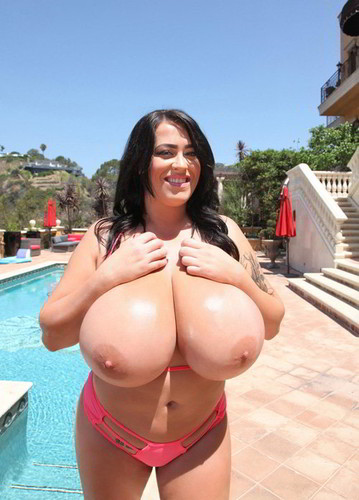 Leanne Crow – Monstrous Boobs Hot Pink String Bikini 2 720p