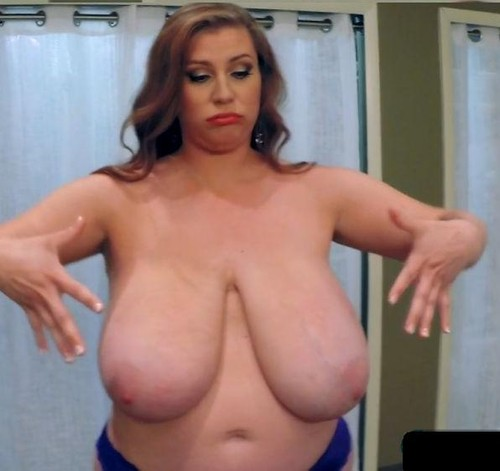 Renee Ross – Giant Tits  Bonus Interview   HD 720p